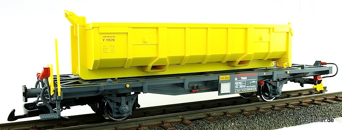 RhB Wagen mit Abraummulde (Flat car with waste material hopper) Lb 7860