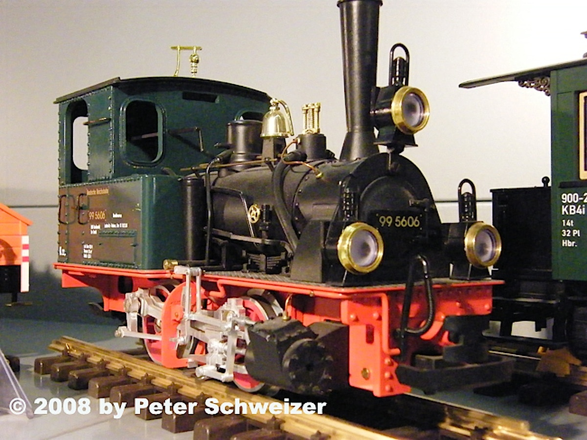 DR Dampflokomotive (Steam locomotive) 99 5606