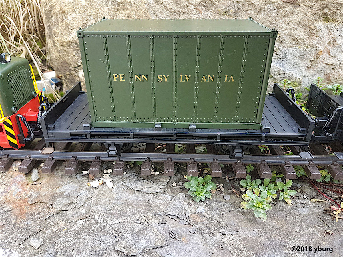Pennsylvania Flachwagen mit Container (Flat car with container)