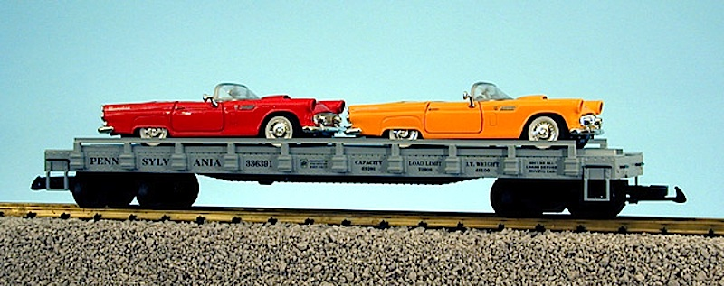 PRR Flachwagen mit 2 '57 Ford T-Birds (Flat car with 2 '57 Ford T-Birds) 336391