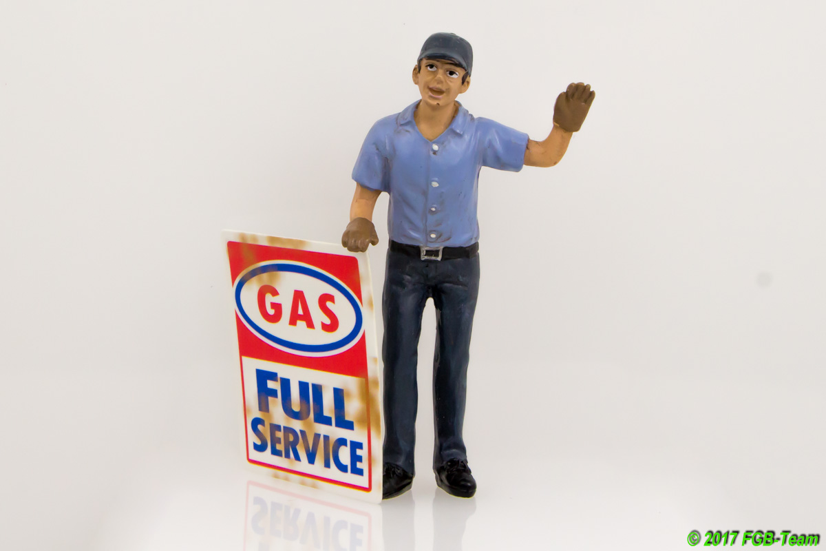 Tankstellenmitarbeiter (Gas station attendant) Eric by American Diorama