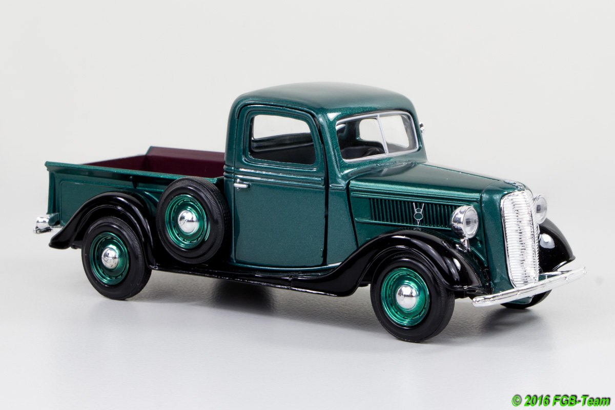 1937 Ford Pick Up (MotorMax)