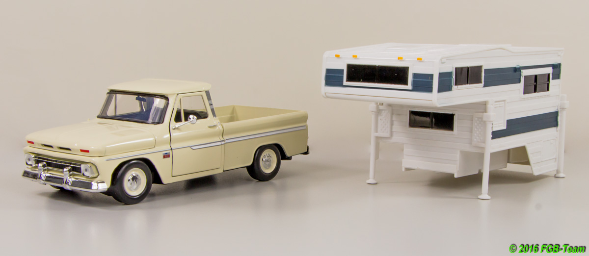 1966 Chevrolet C10 Fleetside Pick-Up mit Wohnaufbau (with camper) by MotorMax