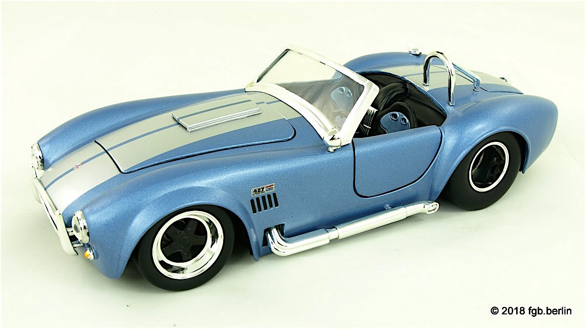 1965 Shelby Cobra (by Jada Toys)