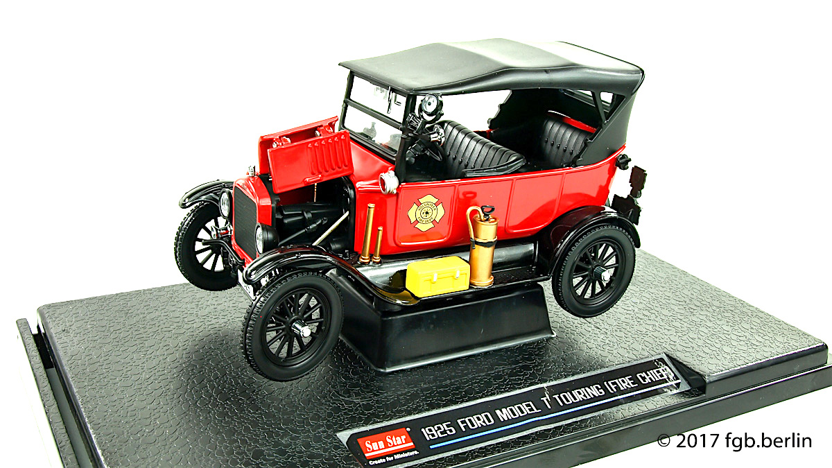 1925 Ford Model T Touring (Fire Chief) by Sun Star