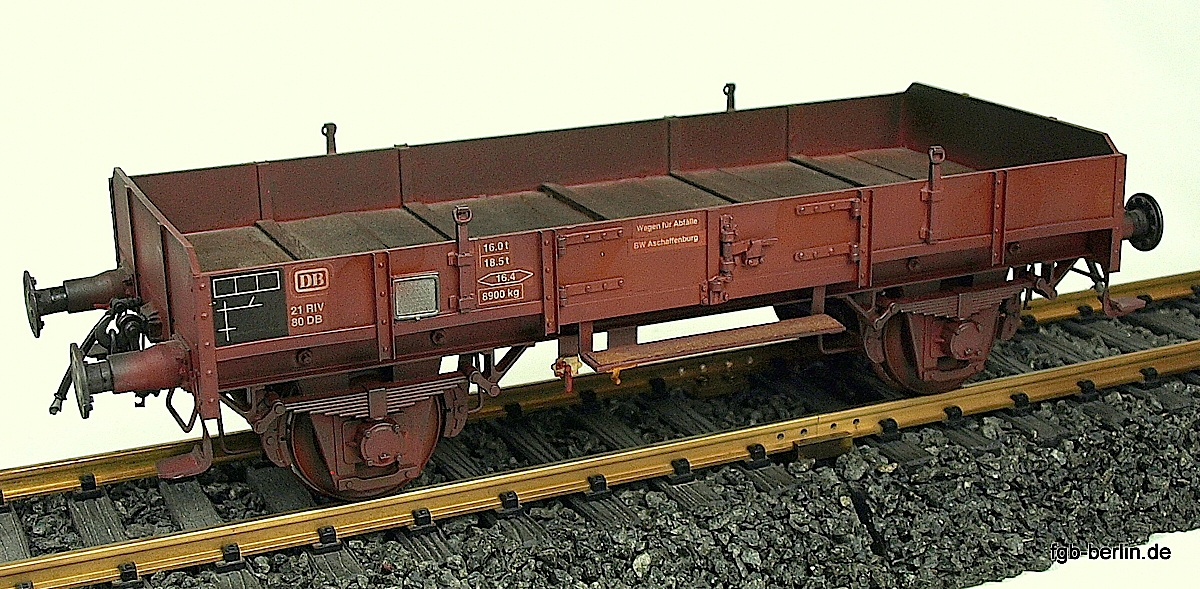 DB - Niederbordwagen (Low-sided gongola) 21 RIV