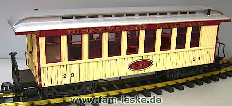 ©Disney Personenwagen (Passenger car) Long Island