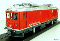 "RhB Gem 4/4 Zweikraftlokomotive, neue Version (Dual power locomotive, new version) 801 ""Steinbock"""