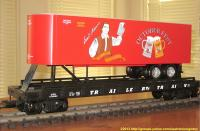 TrailerTrain Flachwagen mit Sattelanhänger (Flat car with trailer) 478565 Sam Adams Octoberfest