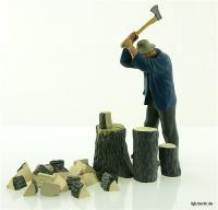 Bauer, holzhackened (Farmer chopping wood)