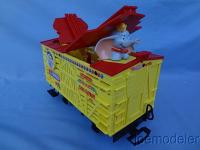 ©Disney Dumbo Wagen - Dumbo schaut (Dumbo car - Dumbo looks out)